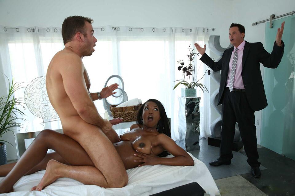Порно замена мужу