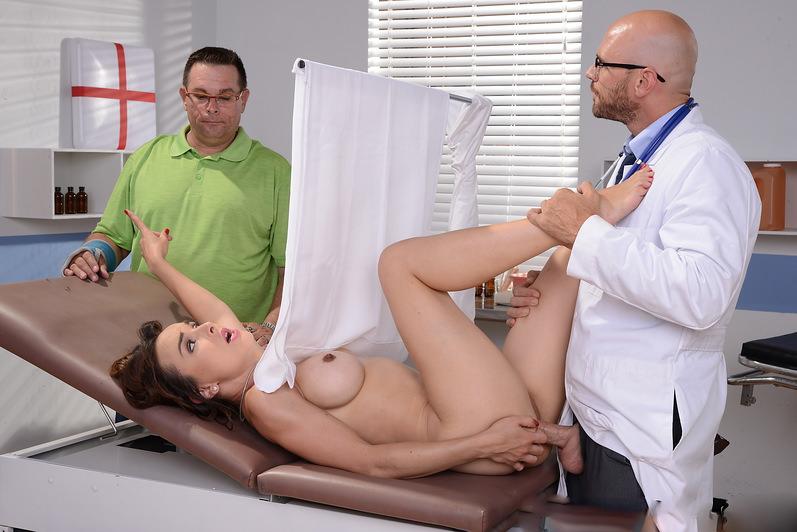 жена в больнице за спиной мужа порно фото