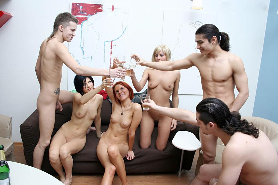 Реальная порно вечеринка студентов
