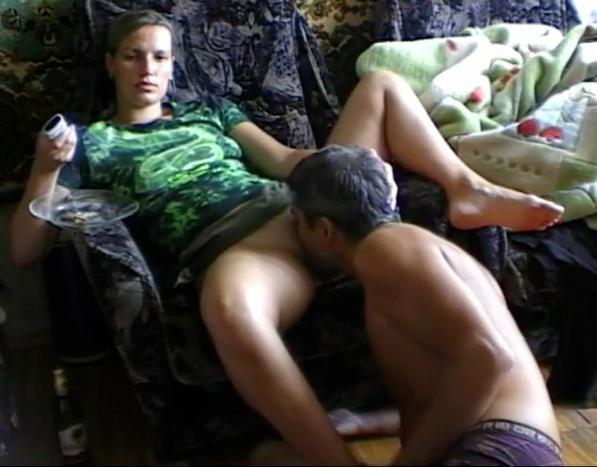 мне безумный секс молодой пары в душе хорошая отмазка))) конечно, прошу