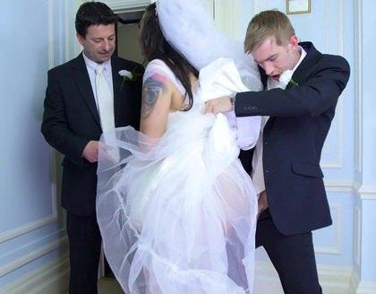 Порнуха дрочат на порнуху свадьба — 9