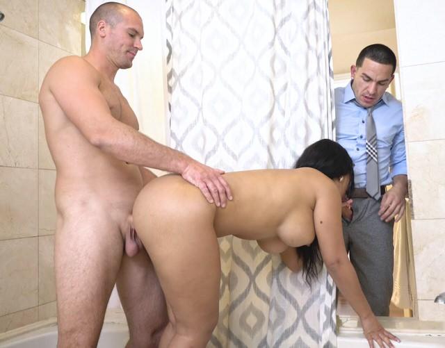 Порно гинеколог муж и жена
