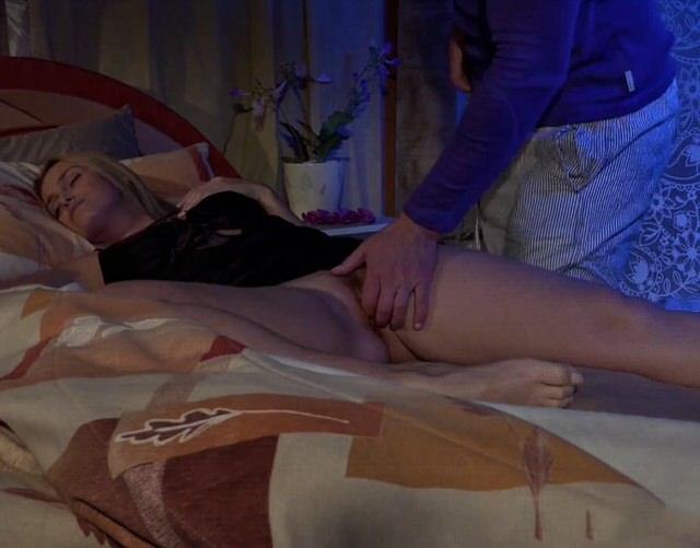 порно спящаямачеха