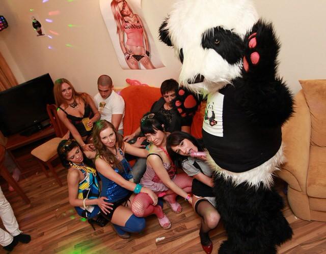 Руский секс на вечеринка