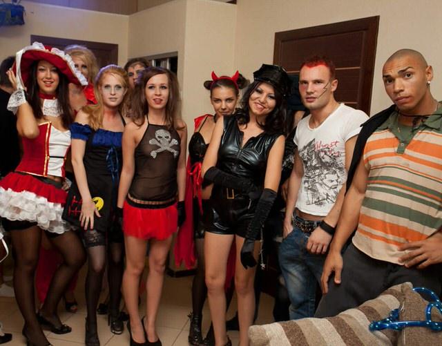 Студенческая порно вечеринка по русски