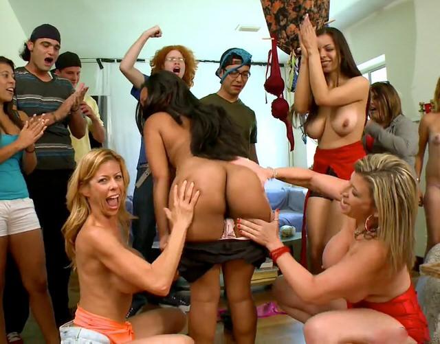Секс вечеринки с мамками