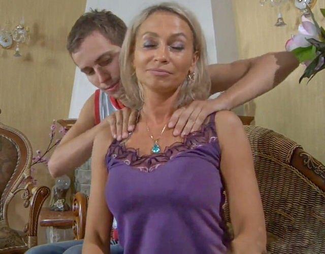 Русская пара снимает на видео свой секс на отдыхе, лесби наказание групповое