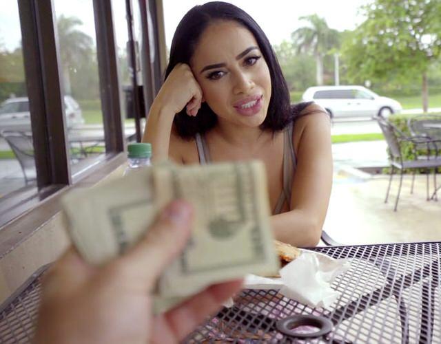 Секс за гроши