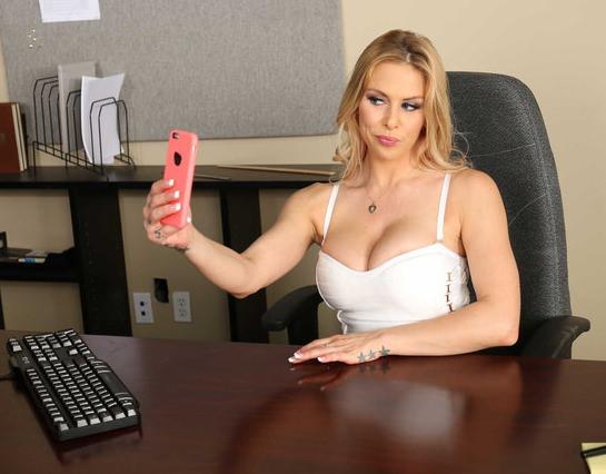Секс Порно С Секретарша