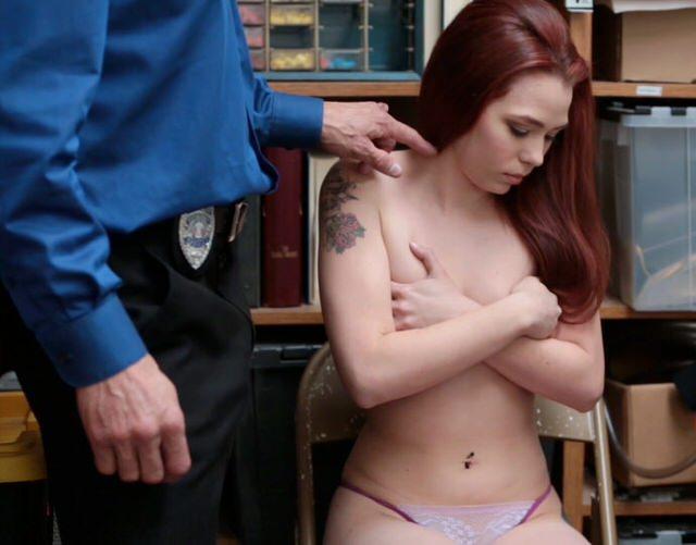 Пришлось отсосать порно
