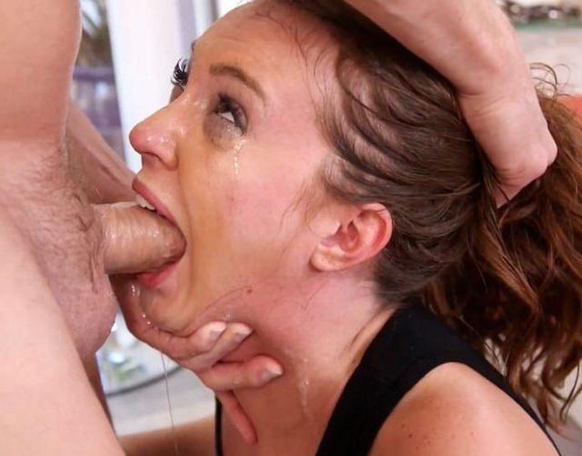 Ебля в горло молодые