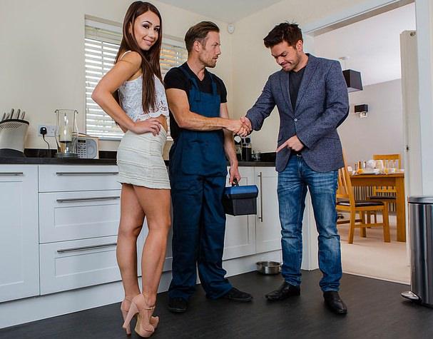 Муж поймал жену с сантехником секс — img 15