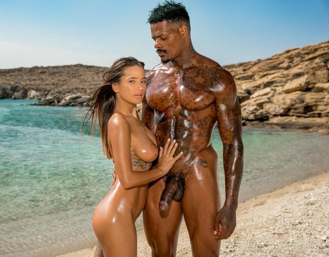 порно красивых девушек на пляже