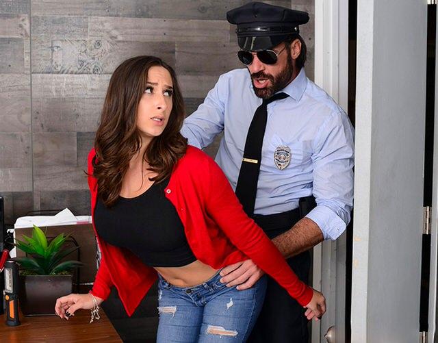 Секретарша накосячила и ее наказали член оргазм оборудование